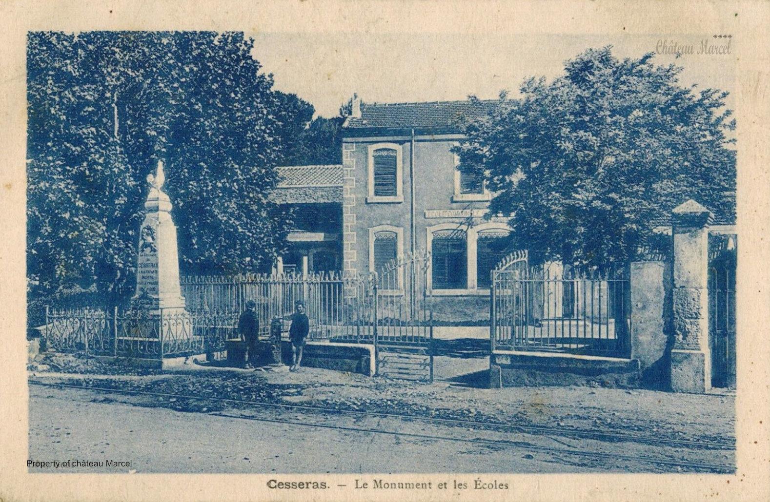 Le monument et les écoles